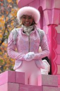 "Nov 25, 2010 - Keri Hilson - ""Macy's Thanksgiving Day"" 84th Annual Parade In NYC C652db108236119"