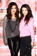 Шер Ллойд, фото 137. with Cher Lloydyl Cole & Rebecca Ferguson - The X Factor Final Press Conference (December 09,2010) tagged, foto 137
