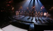 Take That au X Factor 12-12-2010 - Page 2 F78dca111005597