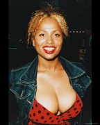 Lisa Nicole Carson - Various Event Cleavage Shots