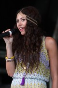 Элиза Дулиттл, фото 101. Eliza Doolittle - Performing at Splendour Festival in Nottingham 24/07/'11, foto 101